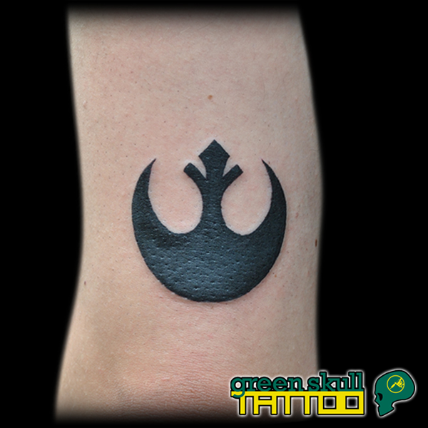 tattoo-tetovalas-fekete-blackwork-star-wars-rebel-alliance.jpg