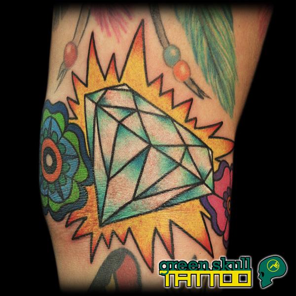 tattoo-tetovalas-szines-gyemant.jpg