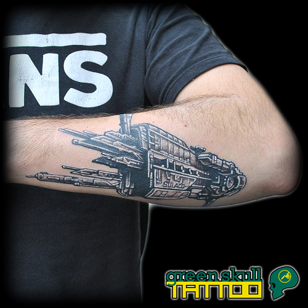 tattoo-tevolalas-szurke-greyscale-alien.jpg
