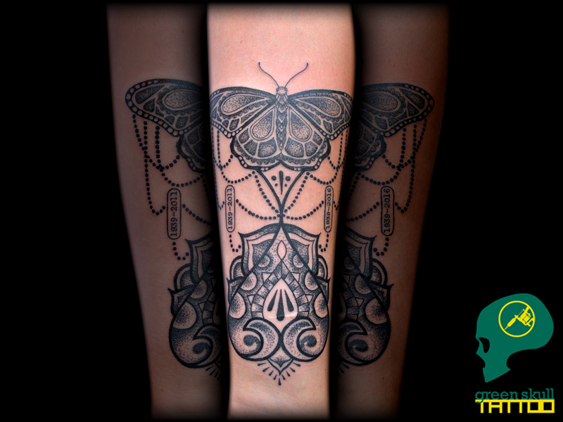 tattoo-tetovalas-0-blackwork-lepke-butterfly.jpg